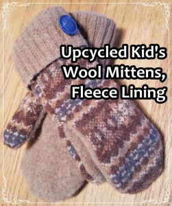 upcycled-kids-wool-mittems-fleece-lining